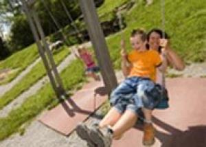 Летние предложения курорта Лойкербад для семейного отдыха