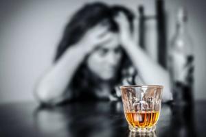 Что нужно изменить в лечении наркомании и алкоголизма в России: мнение психолога