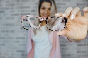 Защищают ли очки от Covid-19?