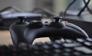 Празднуя первое десятилетие компании: Sades рассказывает о работе в игровой индустрии