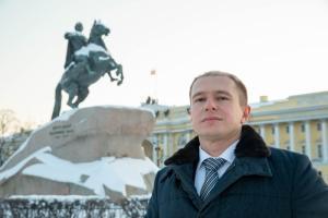 Михаил Романов поздравил петербуржцев с Днем защитника Отечества
