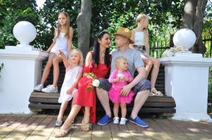 Доула и блогер Юлия Плотникова: «Ключ к комфортному материнству – психологическая подготовка и поддержка во время родов»
