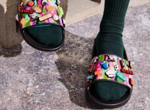 Забудьте все, что вы знали о камуфляже вместе с коллекцией Bubble Block от Crocs