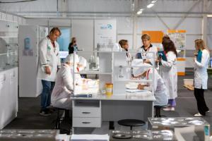 Более 650 российских компаний, в том числе фармацевтической отрасли, применяют скиллс-паспорт для оценки и подбора персонала