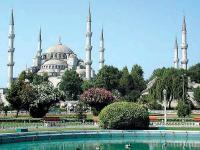 Число отдыхающих в Турции продолжает расти