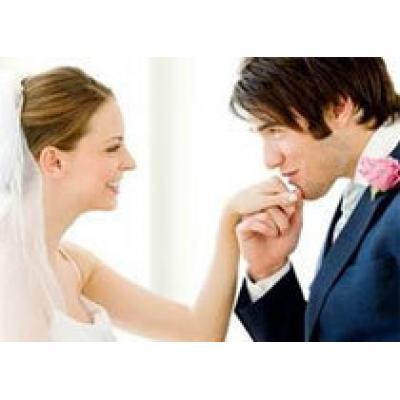 Мужчины должны жениться на женщинах, которые моложе и умнее их самих