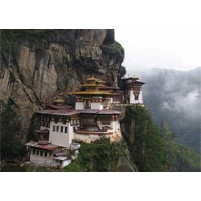 Монастыри, висящие над бездной