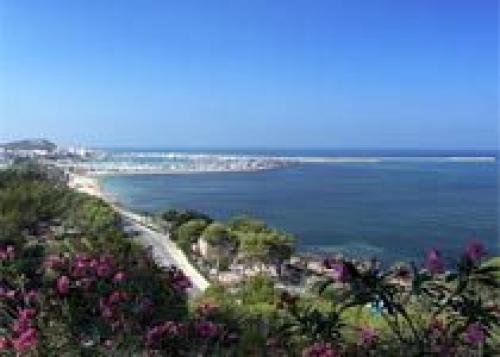 Аликанте: солнце, каникулы и море