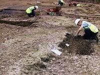 Археологи раскопали захоронение детей проституток