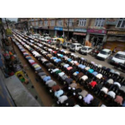 Туристов призывают к достойному поведению во время Рамадана