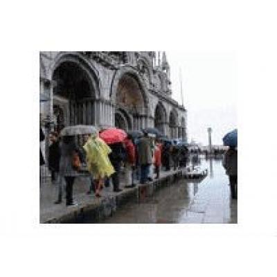 Туристам советуют заранее бронировать билеты в музеи