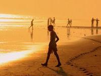 На индийском пляже Пури гибнут туристы