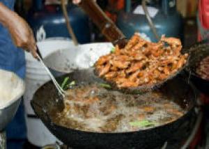 Лучшую в мире уличную еду готовят в Бангкоке