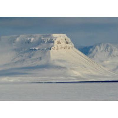 """Туристический поток в """"Русскую Арктику"""" растет"""
