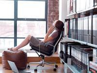 Частный бизнес пренебрегает женщинами