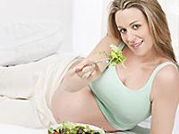 Диета мамы во время беременности может повлиять на аллергию у ребенка
