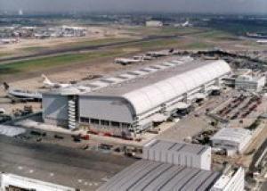 В аэропорту Хитроу, несмотря на протесты, построят третью ВПП