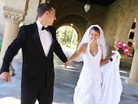 Зачем выходить замуж?