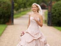 Свадебная мода 2012