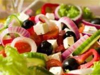 Чтобы салат принес максимальную пользу, необходимо знать секреты его приготовления