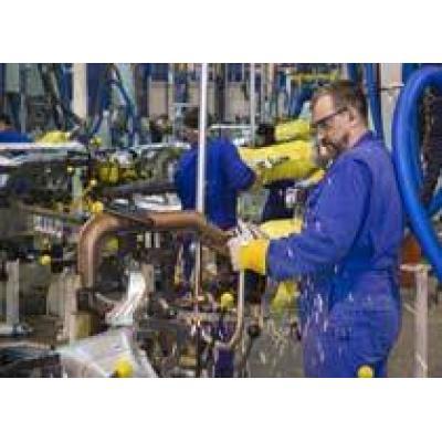 Российские рабочие GM требуют увеличения зарплаты