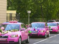 Как украсить свадебный автомобиль