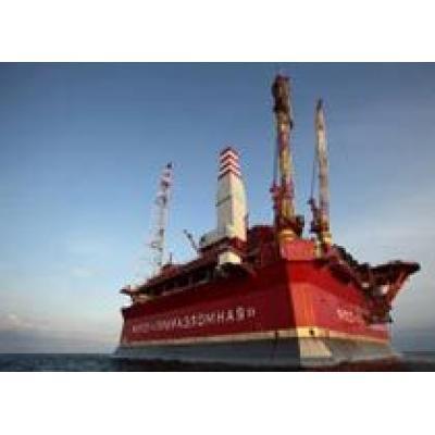 `Газпром` запускает Приразломное месторождение