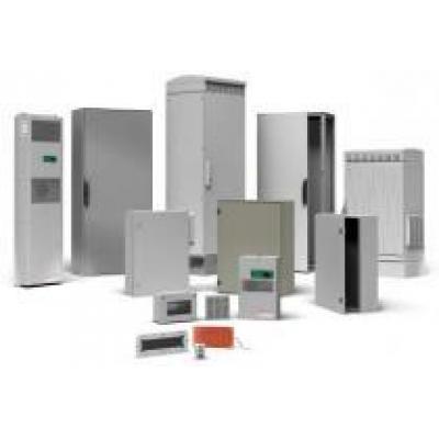 Schneider Electric объявляет о выпуске новой серии высокопрочных шкафов Outdoor наружной установки