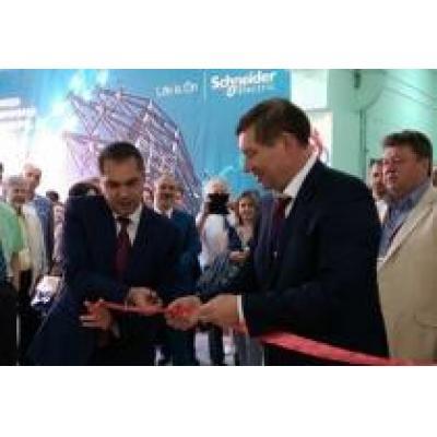 Schneider Electric открывает учебный центр на базе Колледжа современных технологий им. М.Ф.Панова