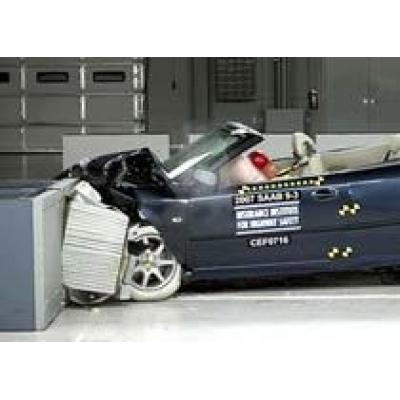 Кабриолеты Saab 9-3 и Volvo C70 получили высшие оценки в краш-тестах