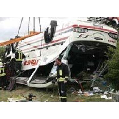 В Германии перевернулся автобус с туристами