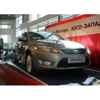 Открытие крупнейшего дилерского центра Ford в Петербурге