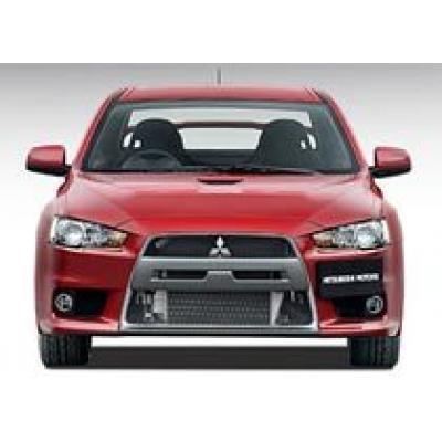 Mitsubishi будет выпускать два турбированных `Лансера`