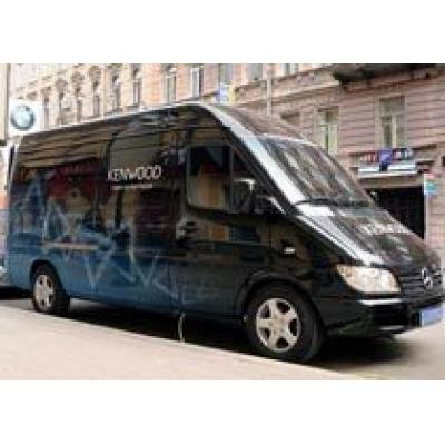 В Санкт-Петербурге сконструирован Kenwood Demo-car