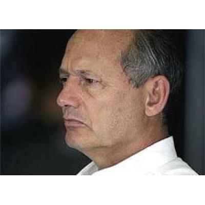 McLaren обвинил Ferrari в использовании запрещенной машины