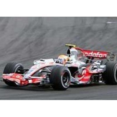 Льюис Гамильтон выиграл Гран-при Венгрии