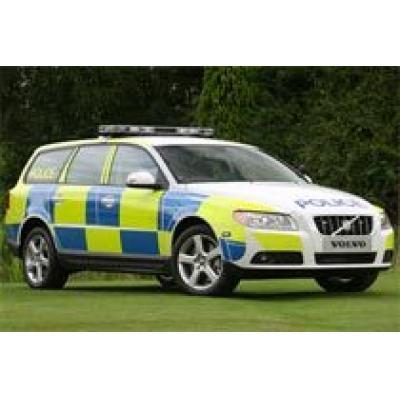Полицейский Volvo V70