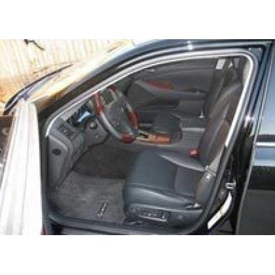 Коврики могут стать причиной отзыва 100000 автомобилей Lexus ES350