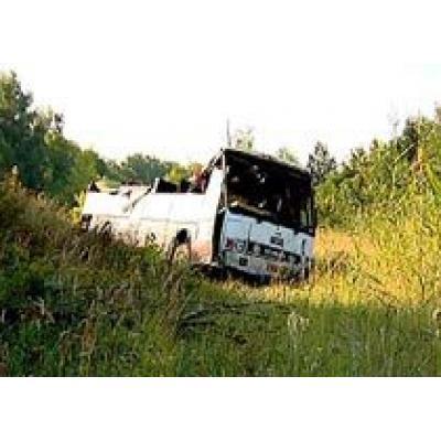 Под Воронежем перевернулся автобус с детьми