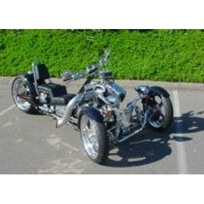 Необычные трициклы оснастили двигателями от Harley Davidson и Yamaha
