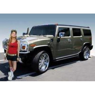 Певица Fergie продаст свой Hummer H2 с аукциона