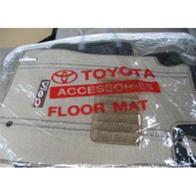 Toyota отзывает 55 тысяч автомобилей из-за напольных ковриков