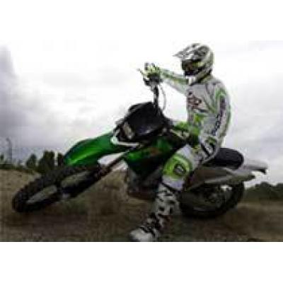 Первые фотографии нового кроссового мотоцикла Benelli BX