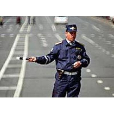 Гаишники ударят личным рублем по дорожным пробкам