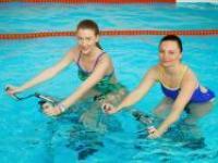 «Стальные кони» – в бассейне!
