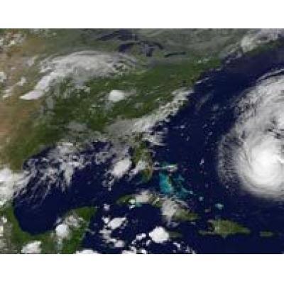 Ураган Флоренс надвигается на Бермудские острова