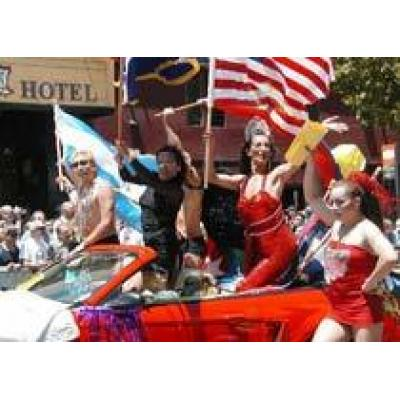 Консервативное правительство США отпугивает туристов-геев