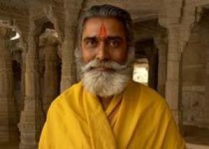 В Индии можно жертвовать на храм по телефону