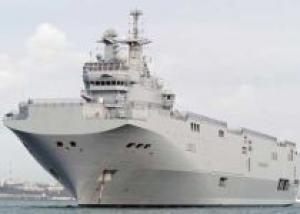 Россия ведет переговоры о покупке французского корабля для ВМФ
