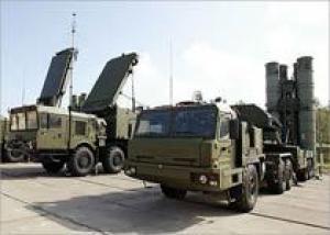 В 2010 году в ВВС России поступят пять дивизионов новейших систем ПВО С-400